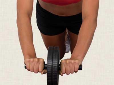 正确使用健腹轮要注意的细节 健身的那个轮子怎幺用