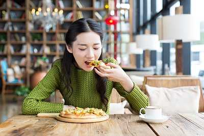 这些食物千万不能吃 坐月子不能吃哪些食物