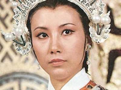 张柏芝杨门女将演穆桂英 张柏芝杨门女将