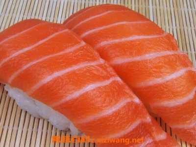 三文鱼生吃还是熟吃好 三文鱼生吃有寄生虫吗
