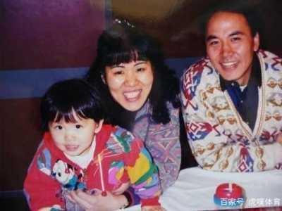 为女儿15年不娶 郎平前夫