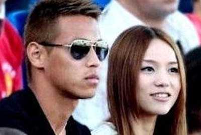 日本足球队背后的女人们 加藤未央