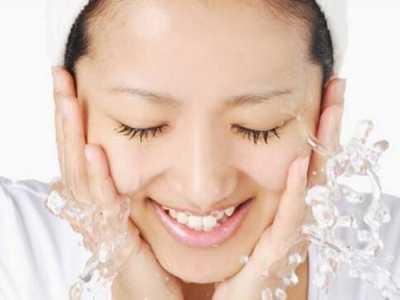 每日基础护肤的7大步骤 使用保养品顺序